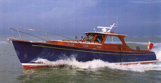 1993 Hinckley Picnic Boat, 37' composite jet boat, BKYD. Bemfujjo, Express