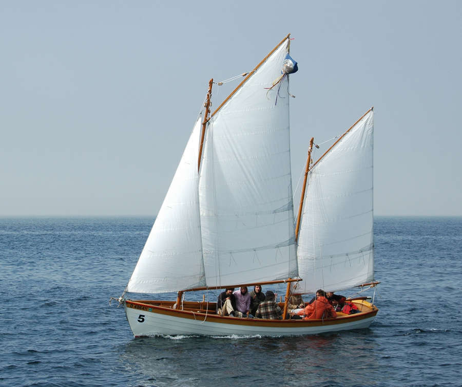 boat plans gaff rigged sailboats small wooden boat plans wooden ...