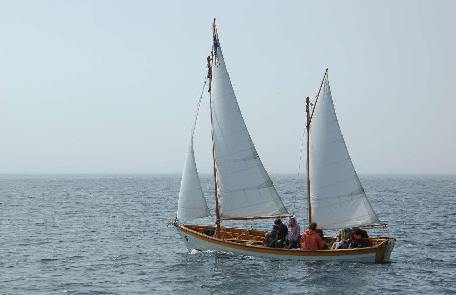 Lapstrake dinghy plans free Info Bill ship