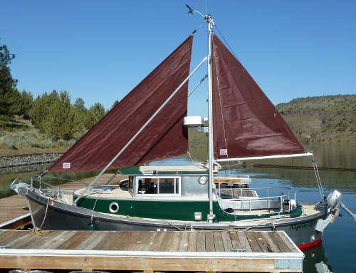 Garden Bay 23 Full Displacement Trailerable Motor Boat