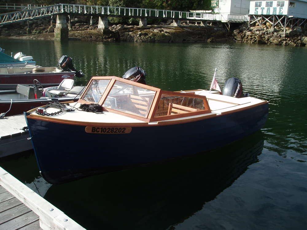 16 Lapstrake Speedboat. Classic Styling, Good Performance ...