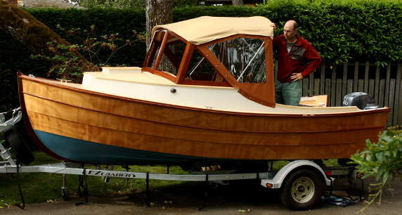 Nomad 16 lapstrake runabout classic styling good for Best small cabin boats